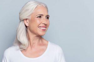 Dentadura postiza: tipos y cuidados